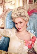 Kirsten-as-Marie-Antoinette